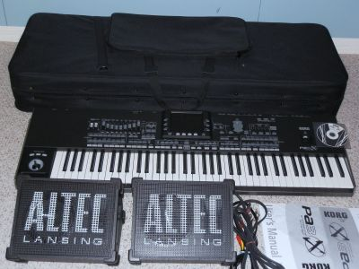 For Sale : Yamaha Tyros 4 (10th Anniversary) Keyboard, Korg Pa3X Pro keyboard